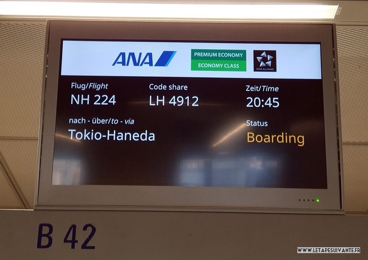 Prendre l'avion pour la première fois, l'embarquement