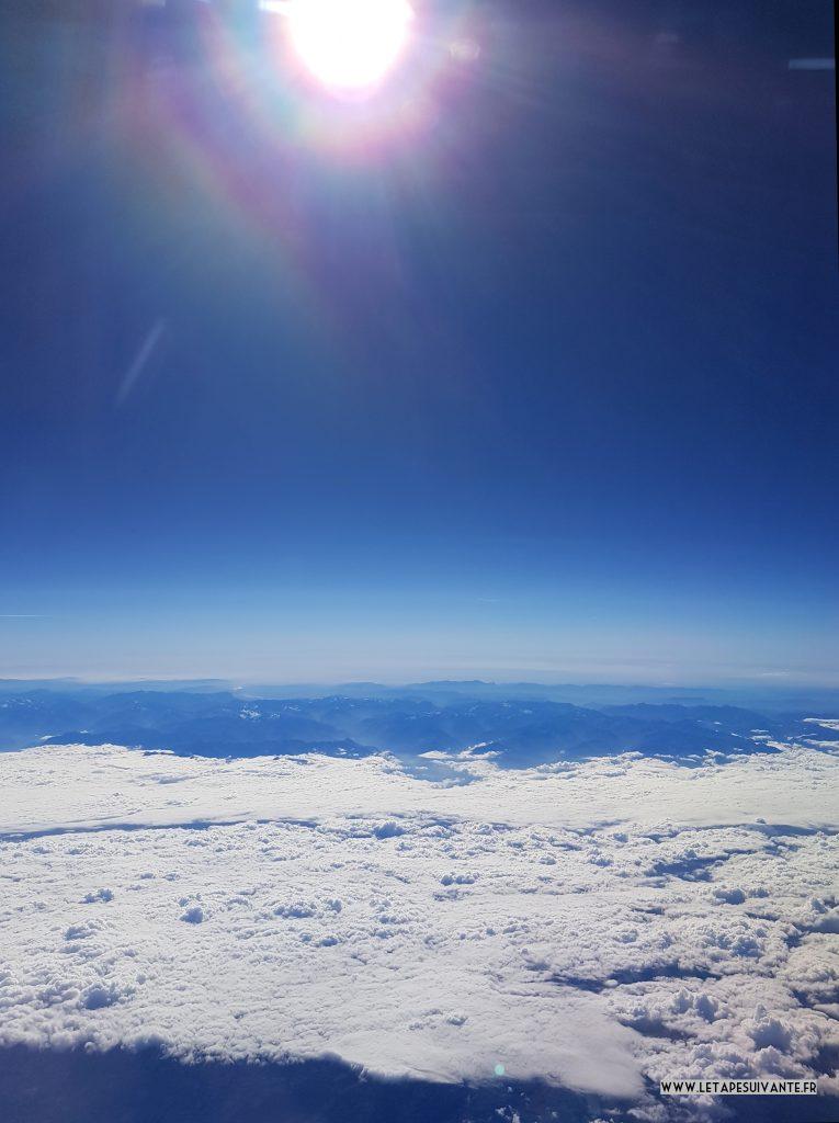 Comment gérer la peur de l'avion ? Comprendre cette crainte et la contrôler.